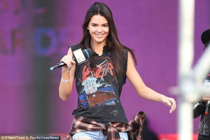 Kendall-Jenner-loves-Slayer